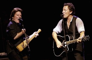 John Fogerty and Bruce Springsteen - When Will I Be Loved