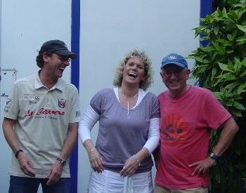 van L n. R. John Schets; Jody Lynn Mitchell en uw presentator Jan N. Evenhuis