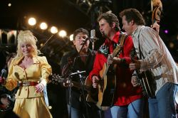 Dolly Parton and The Grascals on stage CMA 2005
