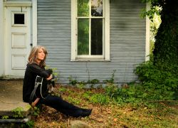 Kathy Mattea - A Far Cry © McClister