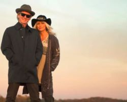 Rodney Crowell & Emmylou Harris - Old Yellow Moon