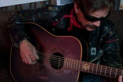 Billy Don Burns - Honky Tonk Singer