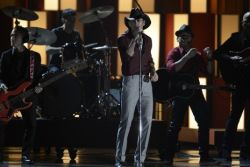 Tim McGraw at the CMA Award Gala with Southern Girl