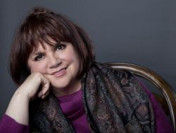 Linda Ronstadt - photo Amy Sussman
