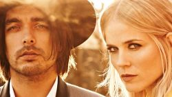 The Common Linnets - Sun Song