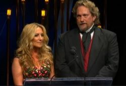 Lee Ann Womack & Jerry Douglas hosting IBMA Award Show 2014