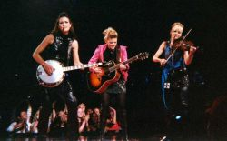 Dixie Chicks live on Square Madison Garden op 20 juni 2003