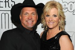 Garth Brooks & Trisha Yearwood - She's Tired of Boys
