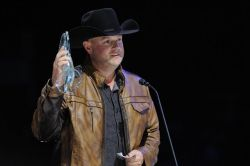 Gord Bamford - Male Vocalist of the Year 2015 a.o.