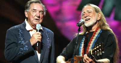 Ray Price and Willie Nelson - Heartaches by the Number